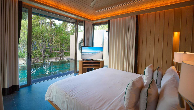 phuket hotels on the beach