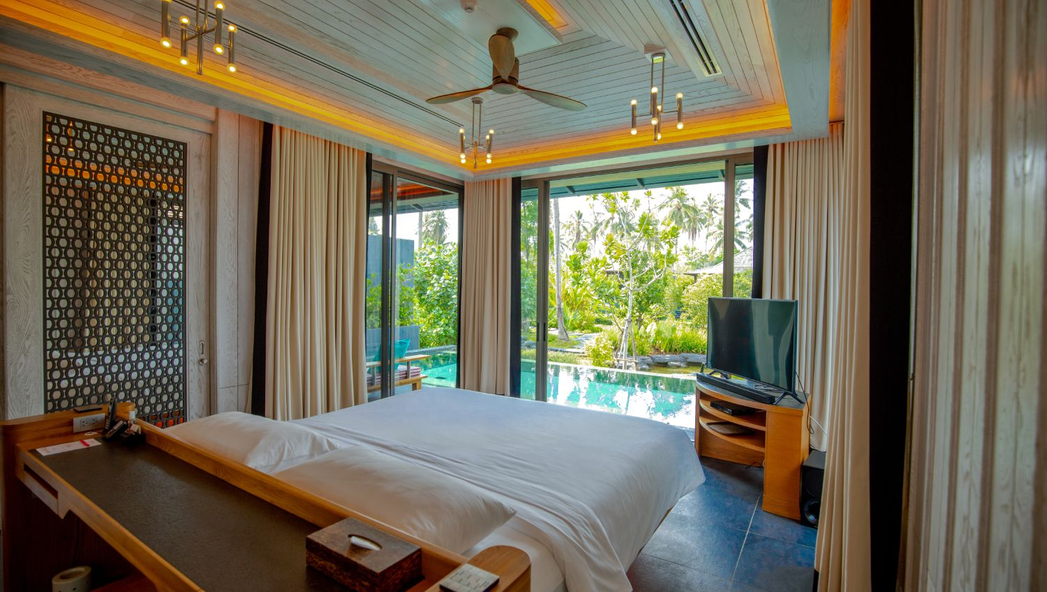 10-Baba-Beach-Club-Phuket-Luxury-Hotel-Natai-Beach-Resort