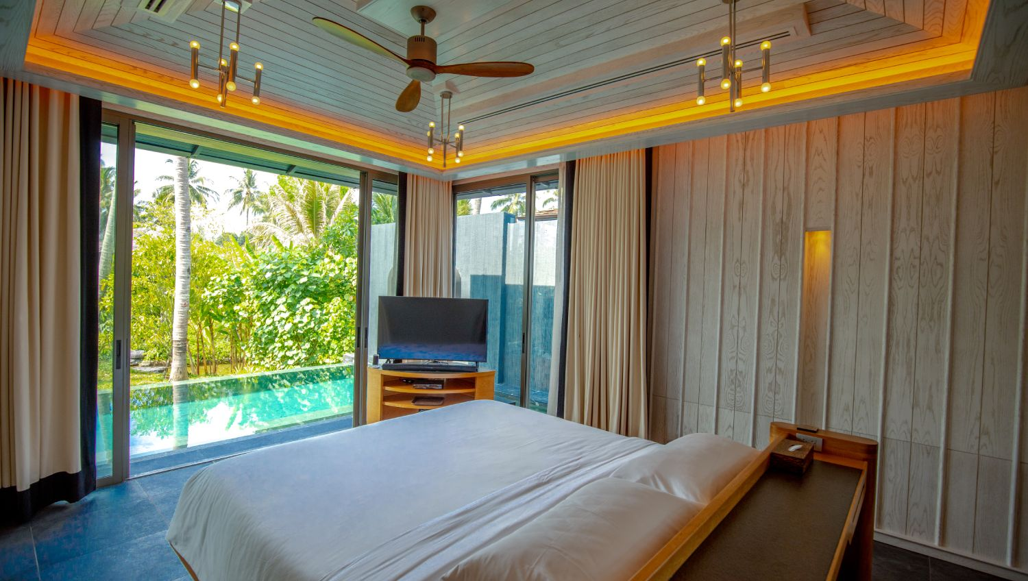 12-Baba-Beach-Club-Phuket-Luxury-Hotel-Natai-Beach-Resort