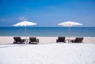 2-Entertainment-Pool-Beach-Bar- Baba-Beach-Club-Hua-Hin-Cha-Am-Best-Luxury-Beach-resort-Hotel