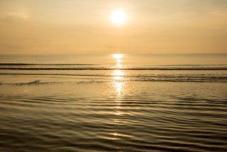 9-Entertainment-Pool-Beach-Bar- Baba-Beach-Club-Hua-Hin-Cha-Am-Best-Luxury-Beach-resort-Hotel
