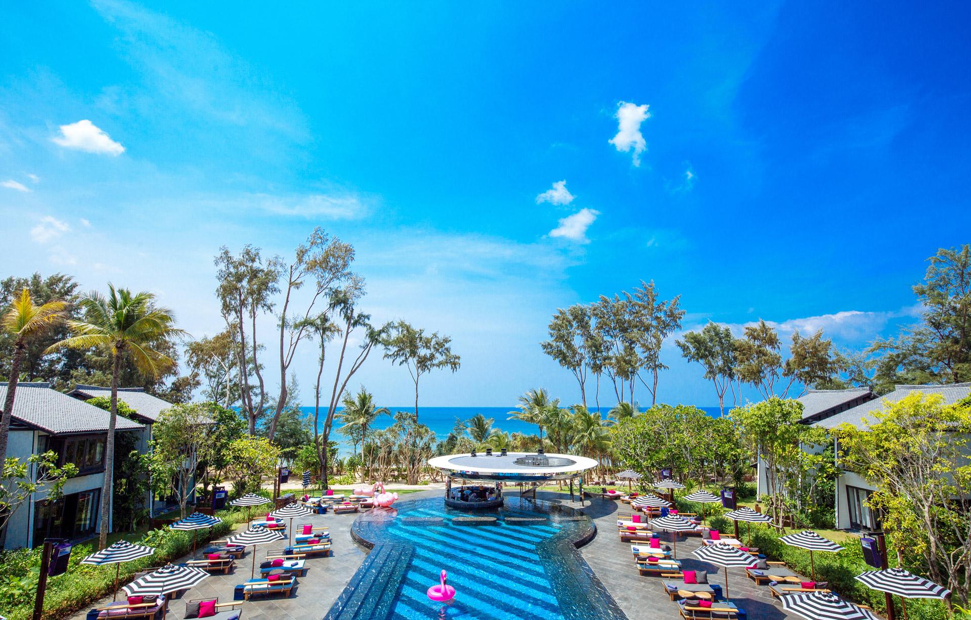 Luxury Beach Club Hotel Phuket Natai Beachfront Pool